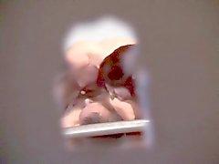voyeuring min faster och farbrors och med en keyhole
