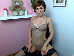 Сексуальное женское белье, одетые в блондинку, Кейти Кей разделяет мастурбацию