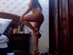 Samantha dances showing perfect tits legs and booty on cam