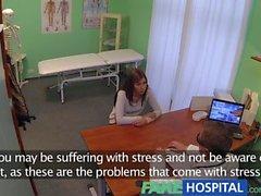FakeHospital Jeune femme avec corps de tueur pris à la caméra se faire défoncer