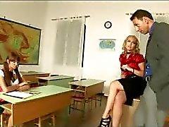 D'écolière D'intenses Les leçons de sexe