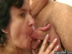 Granny tourist is picked up and fucked