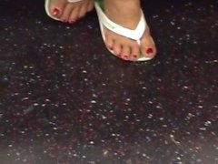 Mature Feet In Flip Flops Cute Toenails