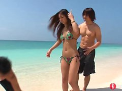 Hot Japanese babe with a hot body enjoys a fantastic