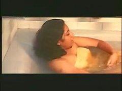 mallu sowmya bath