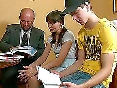Könsbestämmer lektion med horny läraren