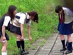 【JAPAN】 fazer xixi espiando pii pis estudante bonito