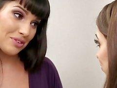 Mommysgirl a Riley Reid Cums 2x Para la StepMommy