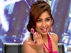 Indian Singer Shreya Ghoshal showing Hot BOOBS on a TV Show
