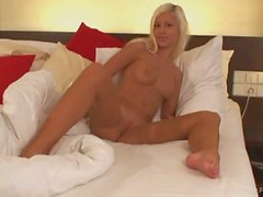 blonde enjoys masturbating when she wakes up