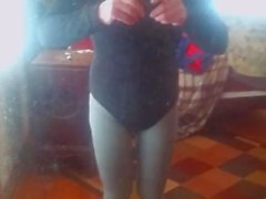 I love to dress-up in tights pantyhose leotards and lipstick