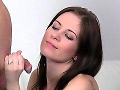 Female medlet forar paret helvete