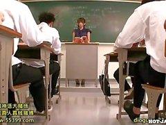 Japanese Girls attacked lustful private teacher at university.avi