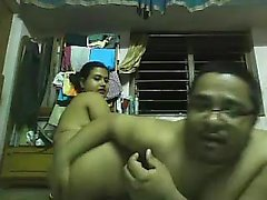 Indian couple get on their webcam and she rides on his peck