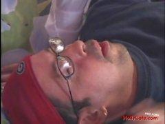 Brunette di MILF assume una giovane rubinetto , Pippe Facials Masturbazioni Le grandi petto