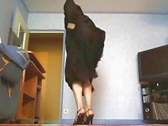 sexy dance in niqab