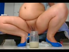 bbw creamy squirt into glass part 3