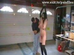 Julma BDSM kuvamateriaalia meidän Slut Prison