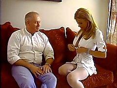 Dick fode desagradáveis enfermeira da escola desempregados