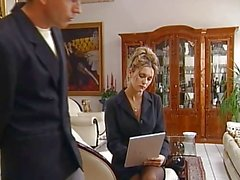 Sarah секретаря