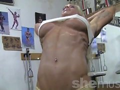 Sexy Female Muscle Goddess Jill Jaxen