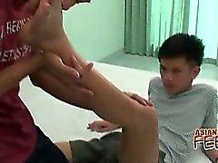Bellezas homosexuales de Asia en 'Foot Loving Sexuales Gay
