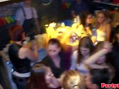 Gushing amateur eurobabes party hard in club