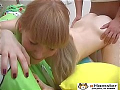 Magere Pigtailed Teen Irina
