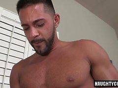 Haarig Homosexuell rimjob mit abspritzen