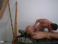Austin Wilde vittuile Joey Moriarty - Bareback Massage