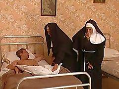 Там в черт в монастыре