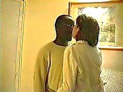 Cuckold - Tre svarta dudes gå en mogen för sex