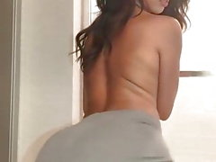 black topless hot girl twerking