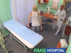 FakeHospital docteur prescrit des orgasmes pour aider les patients soulagement de la douleur