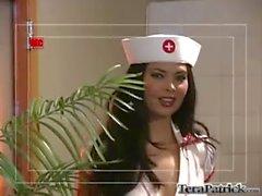 Tera Patrick infirmière Blowjob