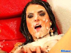 lesbiche Bukkake facesitting a gloryhole