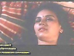 Mallu Beautiful girl romance scene
