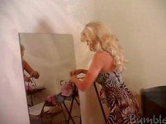 M et hôte Vidéo exclusives Jana Jordan - BubleGirls