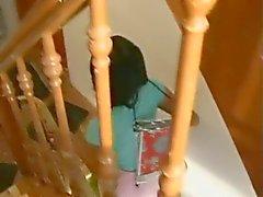 Tvättmaskin , rakning och knullar en ung koreansk flicka