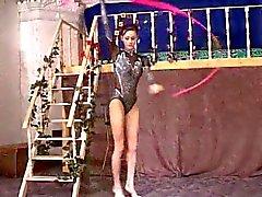 Gymnast Babe von TROC abgefickt