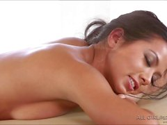 Lesbi Morgan and Lyras massage sex