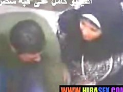 Arab girl gives handjob