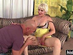 Dainy likes a rough pussy pounding