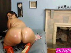 Hot bbw twerker JessicaPeaches loves big dildos ALIVEGIRLcom