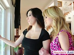 Cutie lesbians Angela Sommers and Jelena Jensen toy pussies