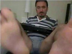 Гетеросексуальные красавчики воплощают ноги на веб # 34