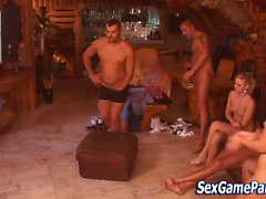 Sex game orgía grupos carajo