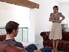 Dik ev hanımıdır Hardcore anal sırayla tecavüz etme