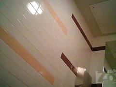 Peeping en el wc 4