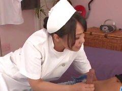 De Miho Tsujii Infirmière asiatique ayant besoin for cock dans la chatte